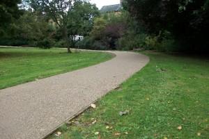 Sturgeons Park Pathway